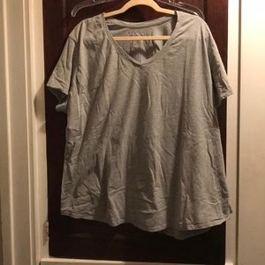 Just My Size gray tee in a women's 5X (30/32)